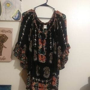 NWT printed blouse